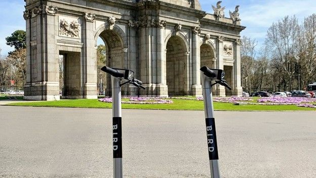Bird renueva su licencia para operar en Madrid