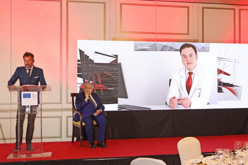 El Dr. Bruno Jacobovski obtiene el premio Dr. Fleming a la Excelencia Sanitaria 2021